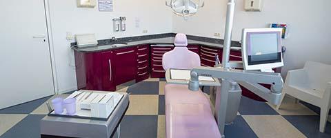 Zahnarzt Dr Holzapfl Praxisbild
